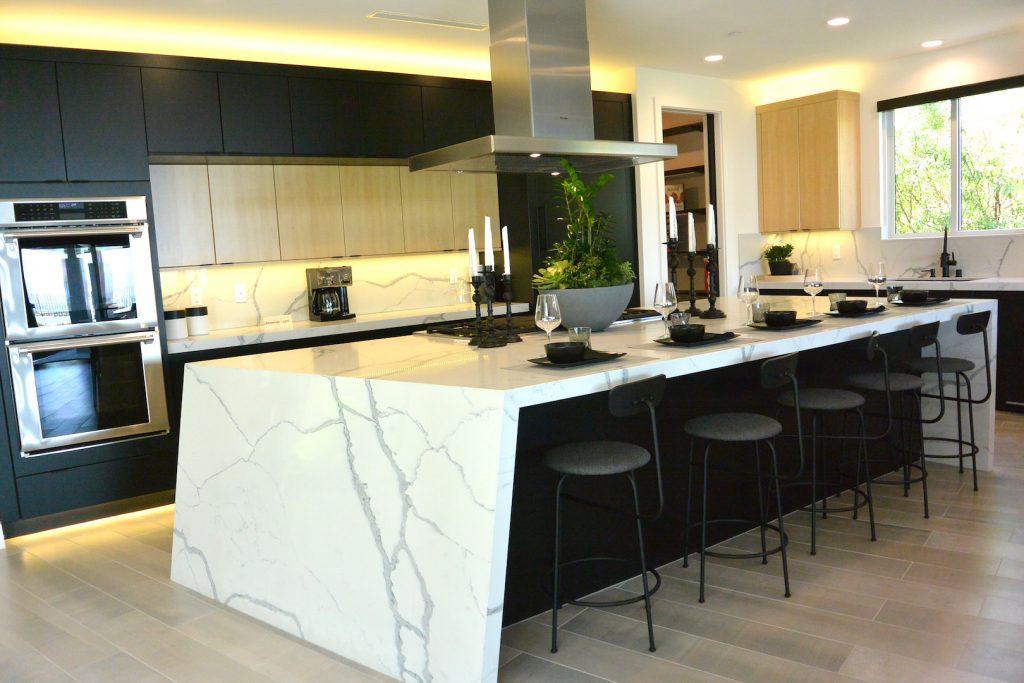 Las vegas luxury homes high rises modern luxury homes for Bathroom remodel henderson nv