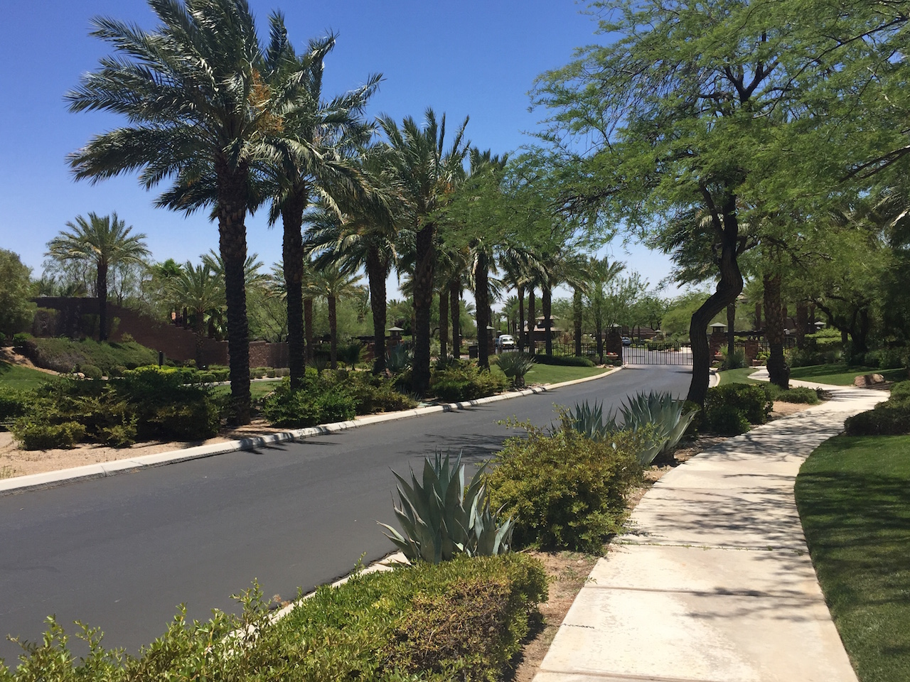 Red-Rock-Country-Club-Homes-For-Sale-Guard-Gated-Summerlin