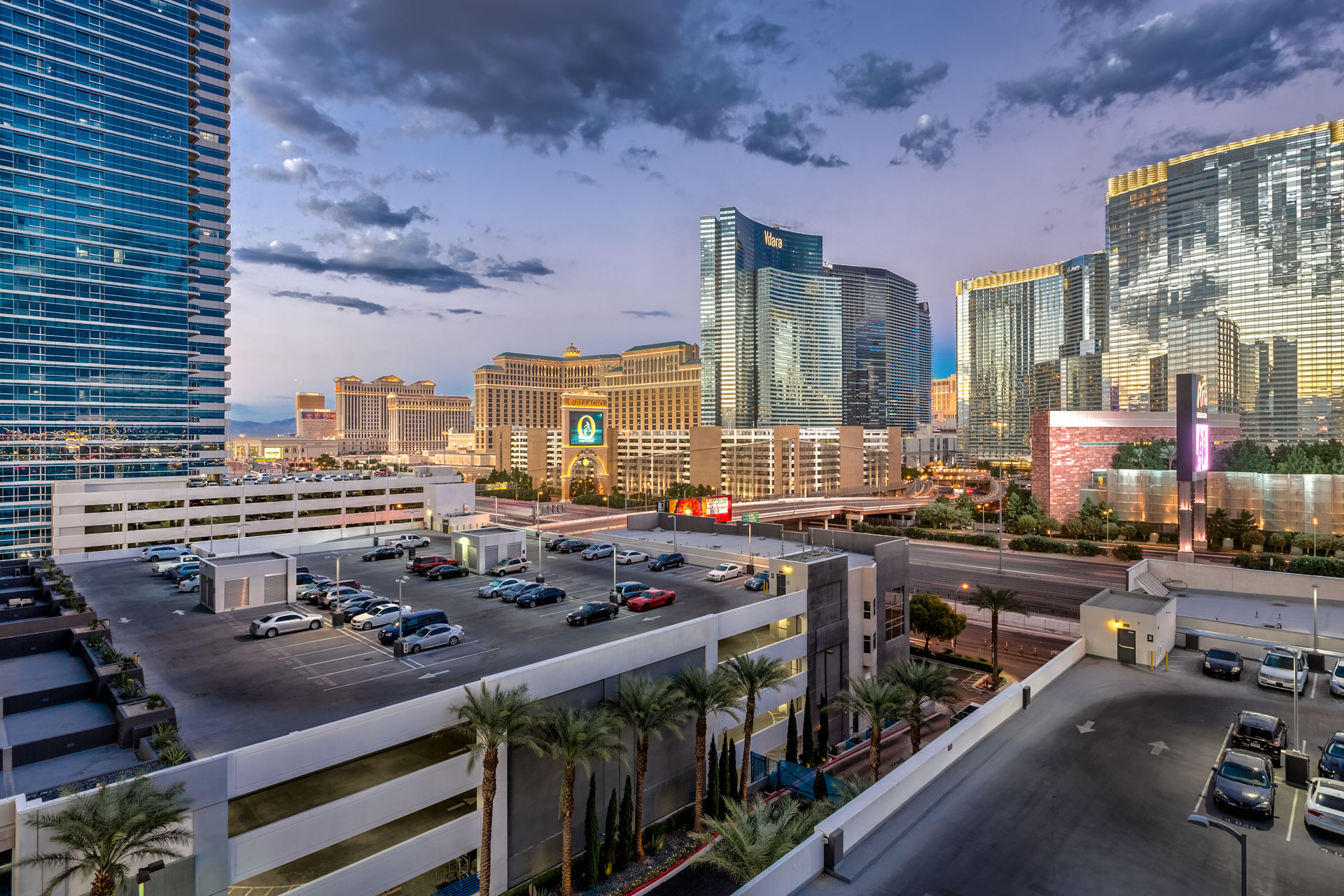 views-from-panorama-towers-811-vegas