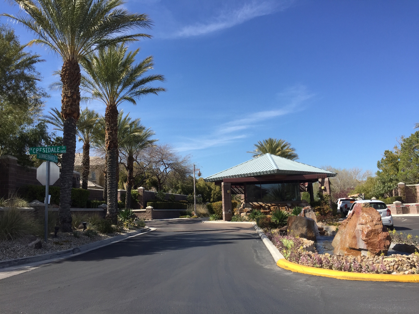 Las-Vegas-Guard-Gated-Neighborhoods-Summerlin-Mountain-Trails